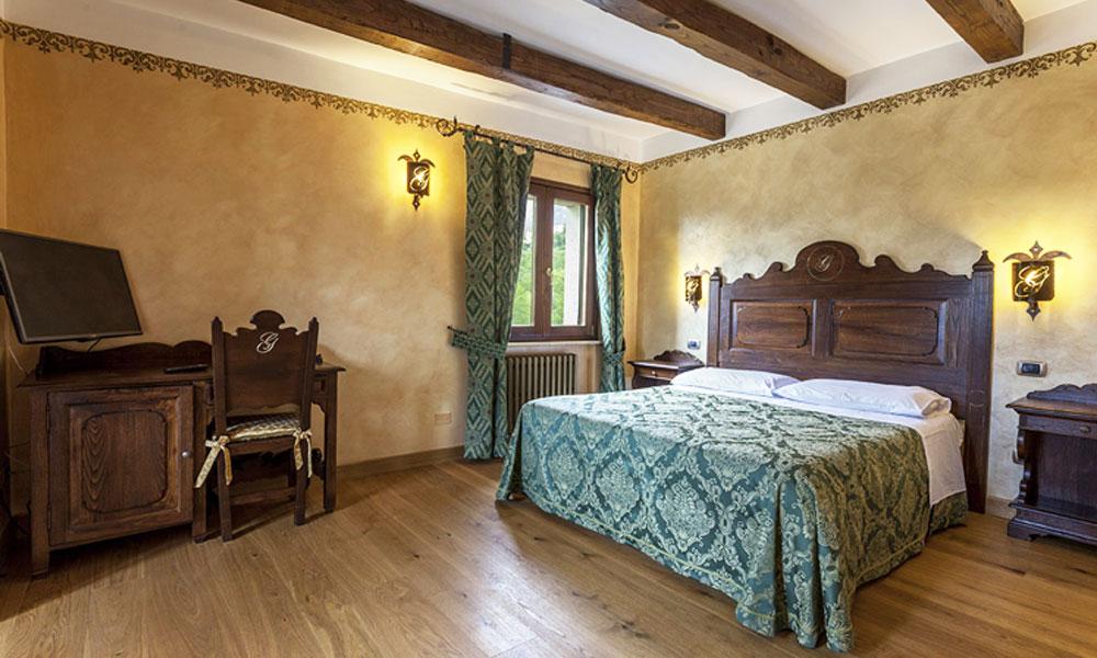 Camere complete fodaroni michele - Stanze da letto complete ...